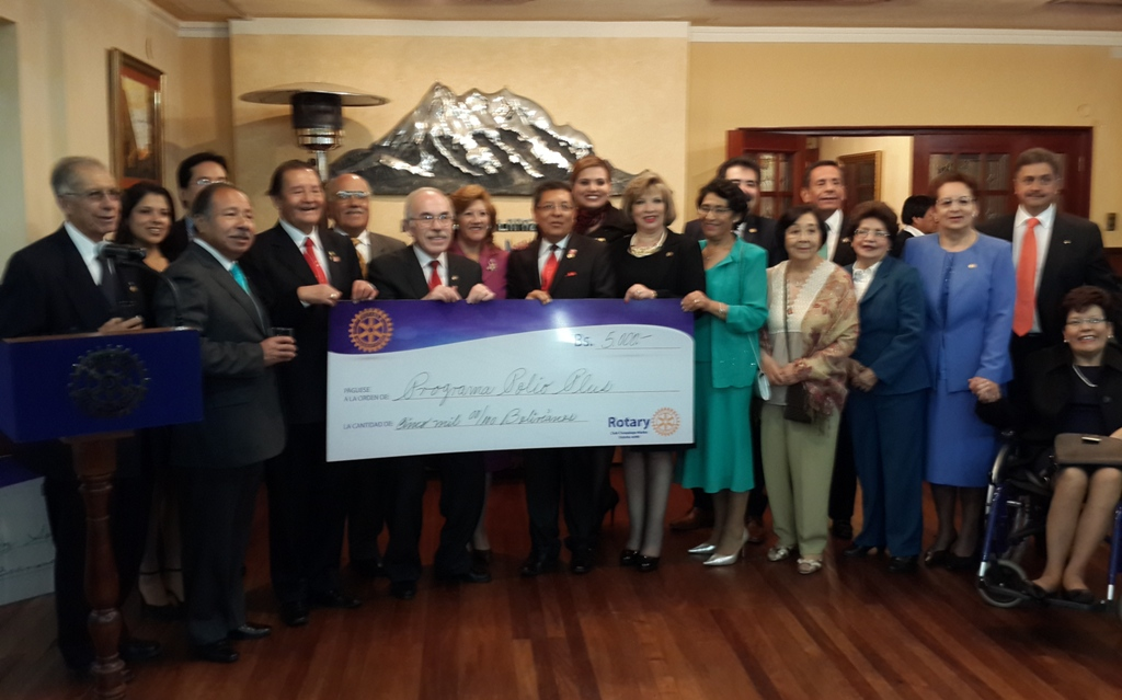 Donacion de Rotary Club de La Paz a La Fundacion Rotaria Fondo PolioPlus