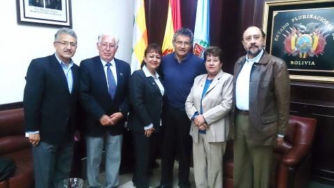 Rotary Club Cochabamba se reúne con el Gobernador del Departamento