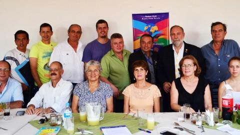 El Gobernador visita al Rotary Club Buena Vista y comparte actividad de servicio