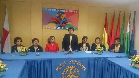 Rueda Femenina del Rotary Cochabamba compartió con la esposa del Gobernador