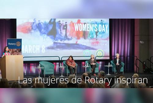 Mujeres comparten sus historias de servicio humanitario en el Día Internacional de la Mujer